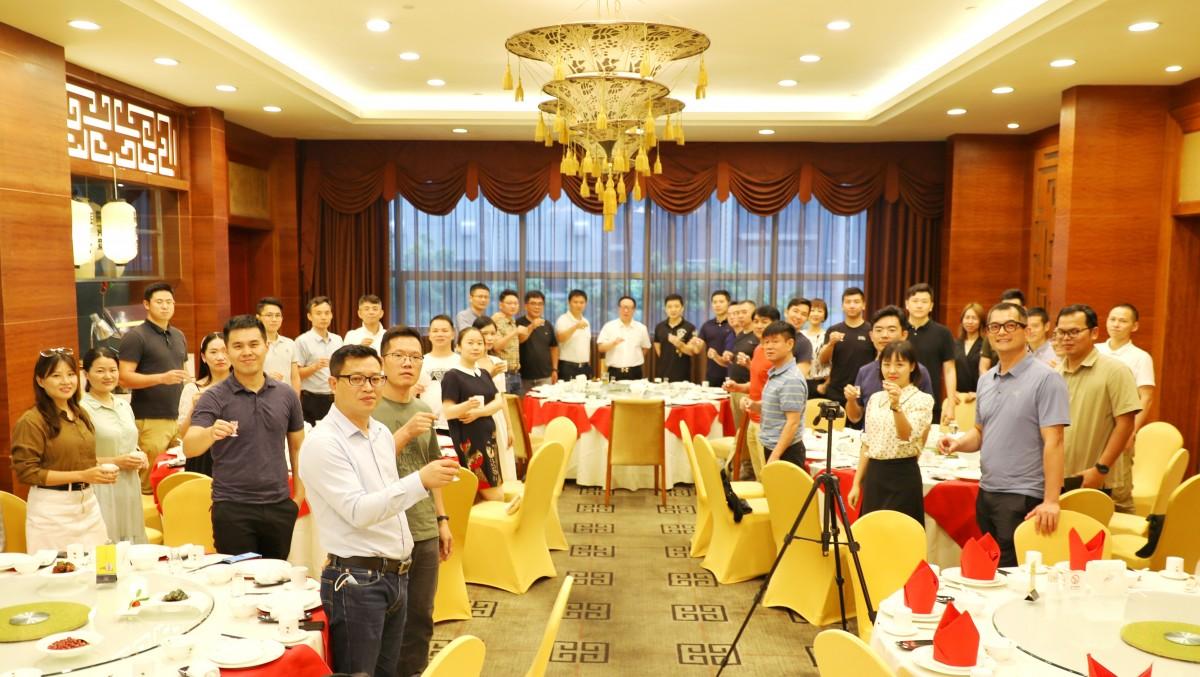 40位无人机大咖行业交流,分享世界无人机大会成果、经验、展望...